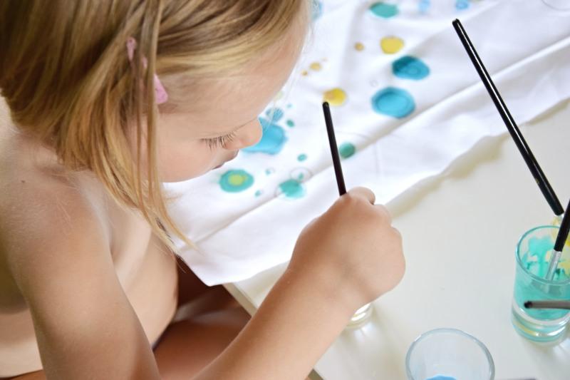 jak-zabavit-deti-malovany-polstar-diy-barva-textil-tamarki-1