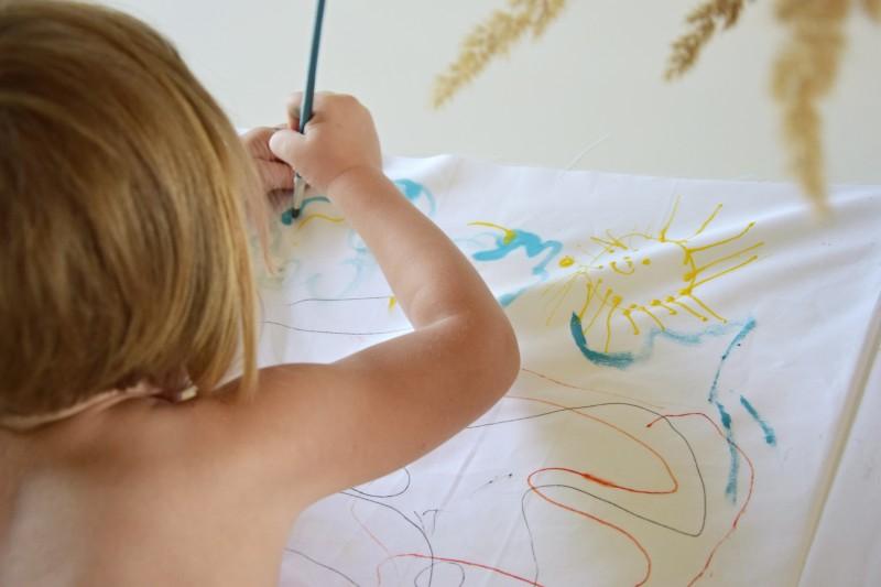 jak-zabavit-deti-malovany-polstar-diy-barva-textil-tamarki-4