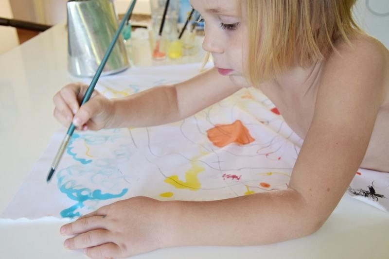 jak-zabavit-deti-malovany-polstar-diy-barva-textil-tamarki-6