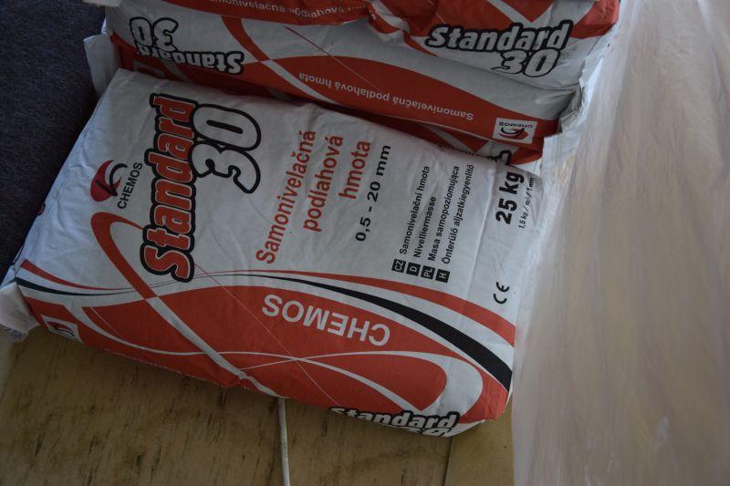 demontaz-parket-nivelace-betonovani-podlah-penetrace-diletacni-spary-tamarki-14