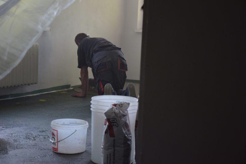 demontaz-parket-nivelace-betonovani-podlah-penetrace-diletacni-spary-tamarki-17