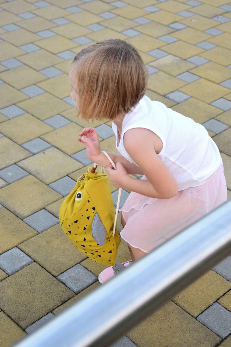 diy-detsky-batoh-navod-postup-siti-tamarki-1-8