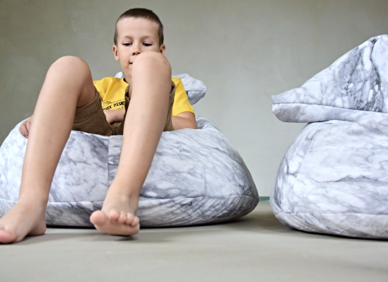 diy-detsky-sedaci-vak-pytel-mramor-14