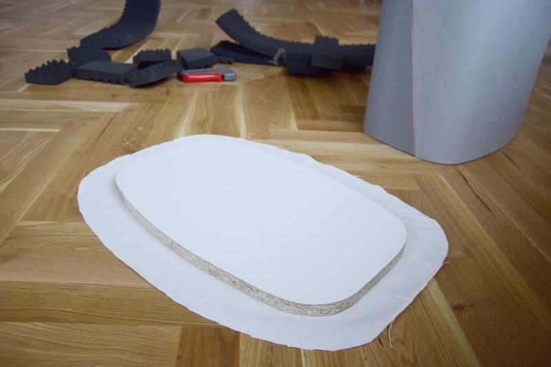 diy-taburet-kozeny-dreveny-recyklace-navod-vyroba-tamarki-9