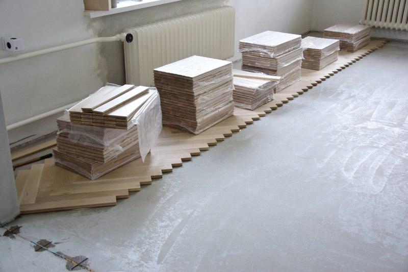 Seriál rekonstrukce podlah: pokládka parket a olejování