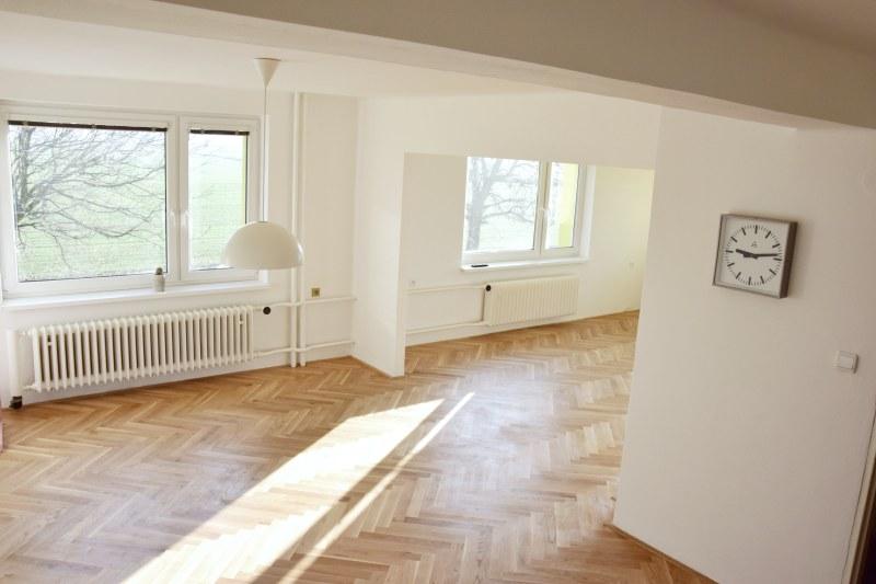 renovace-podlah-pokladka-parket-postup-lepeni-parkety-tamarki-25