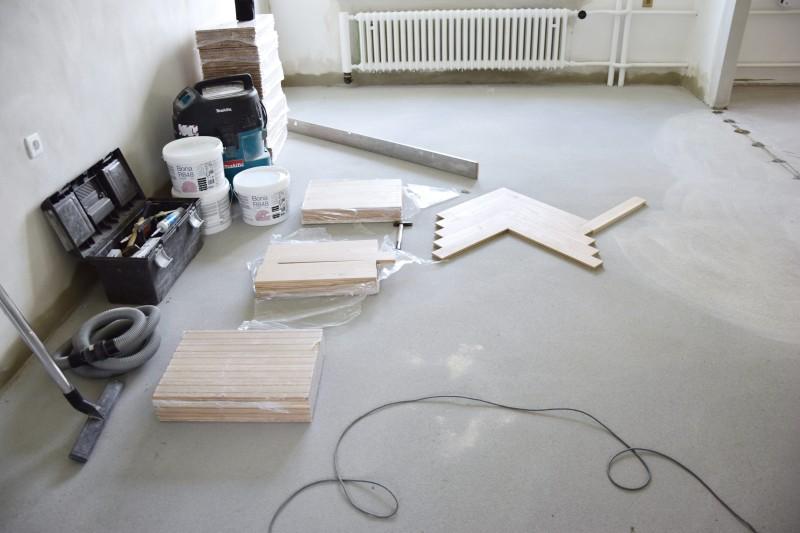 renovace-podlah-pokladka-parket-postup-lepeni-parkety-tamarki-8