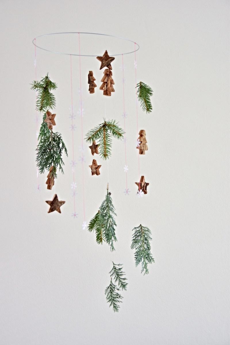 diy-vanocni-dekorace-vyzdoba-na-stenu-venec-kolotoc-vyroba-dekorace-tamarki-4
