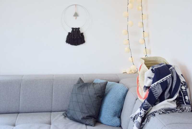 diy-vlnena-dekorace-weaving-walhanging-woven-decoration-plsteni-tamarki-14