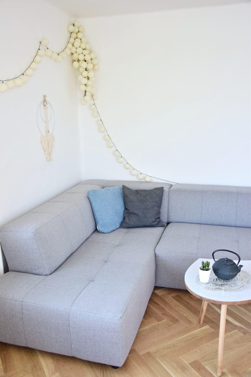 moderni-rohova-sedaci-souprava-recenze-diy-dekorativni-polstar-tamarki